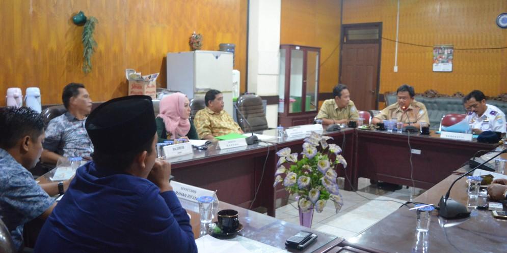 Rapat Komisi III DPRD Kabupaten Banjar 04 September 2017